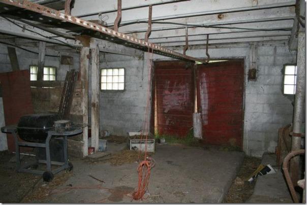 Transformando um celeiro antigo em casa (5)