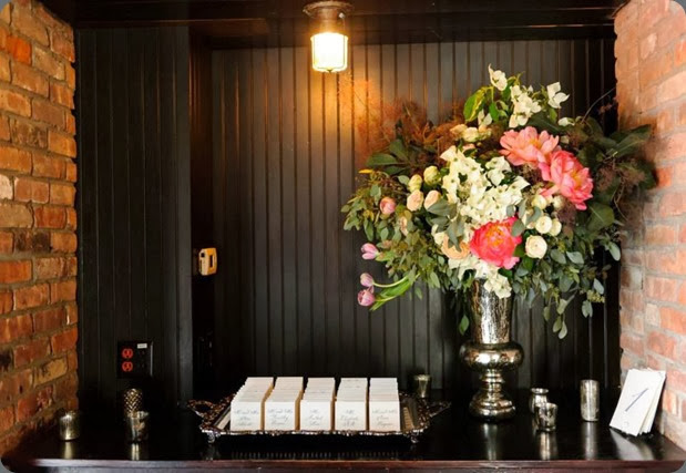 seating card table 969634_701090363238019_1576954813_n rebecca shepherd floral design