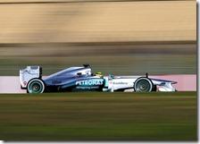 Rosberg con la Mercedes nei test di Barcellona 2013