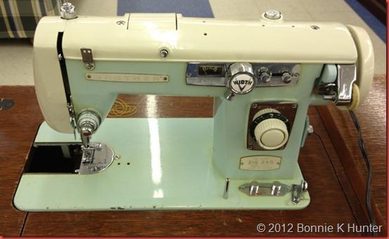 antiquemall 036