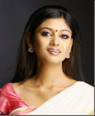 actress_oviya_still2