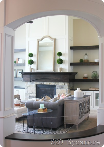 family room arch