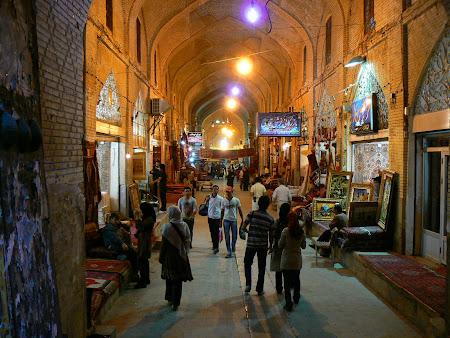 Shiraz: the bazaar
