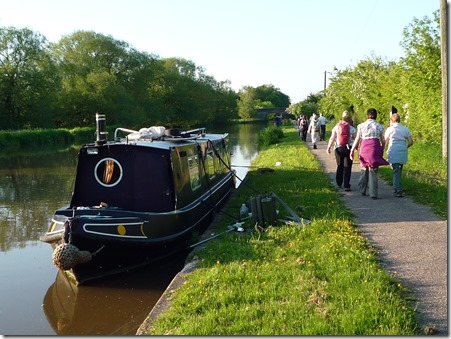 South Cheshire Ramblers walk alongside the Shropshire Union Canal on the Nantwich Riverside Loop