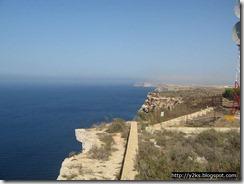 Bellissime scogliere a picco sul mare - Lampedusa