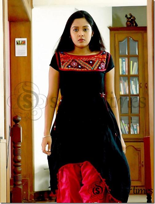 Ananya_Black_Salwar_Kameez