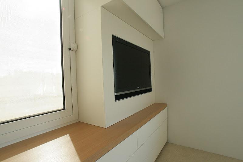 TV in de kast geintegreerd