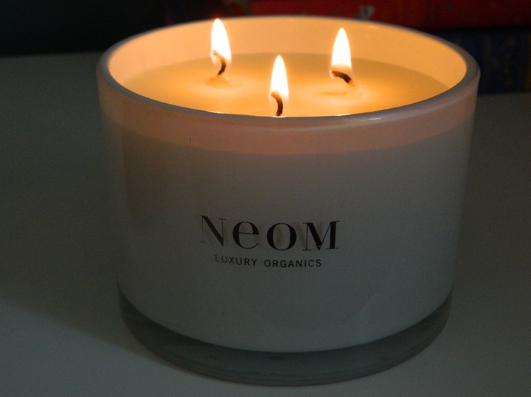 NEOM Limited Edition Enchantment Candle Lit
