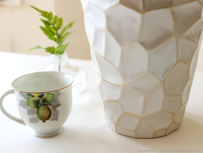 White and Gold Painted Pot Makeover via homework | carolynshomework.com