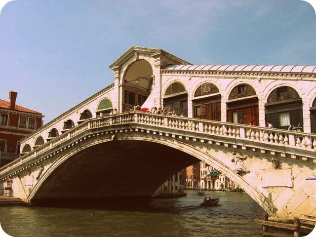 11.05 Rialto Bridge