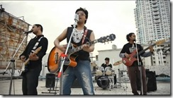 Pee Jaon - Jal Band (Farhan Saeed Official 720p HD Video Song).mp4.MP4_snapshot_01.01_[2013.01.07_14.42.38]