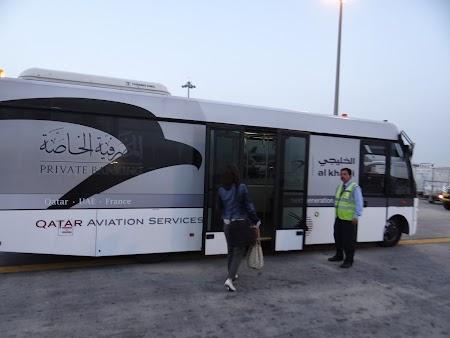 02. Microbuz transfer Doha.JPG