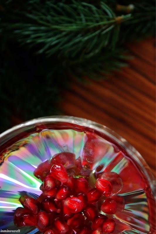 PomegranateGinSling01.jpg