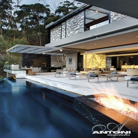 Casa-de-lujo-con-piscina-Antoni-Associates