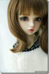 Doll-girl-cute-alone-pretty-barbie