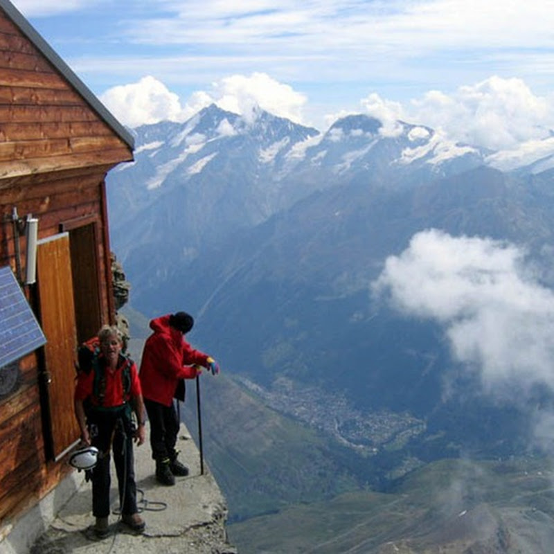 Solvay Hut: A Precarious Mountain Hut at Matterhorn, Switzerland