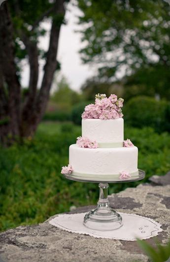 Garden-Wedding-9 style me pretty