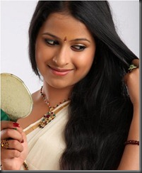 malayalam actress sadhika new still