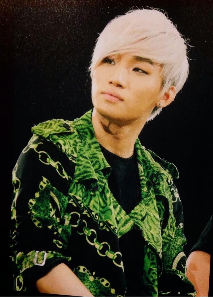 Big Bang - VIP Japan Fanclub Event - 2012 - Fantastic Babys Photobook - YoooouBB - 10.jpg