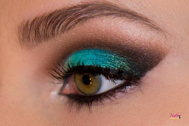 maquiagem degradê em azul e verde