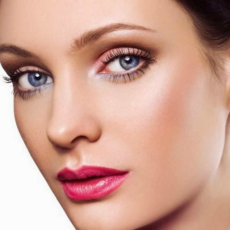 Fardurile potrivite brunetelor cu ochii albastrii