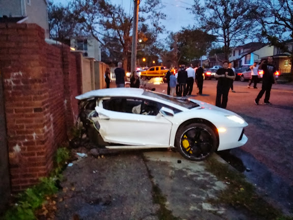 Lamborghini-Crash_1[2].jpg