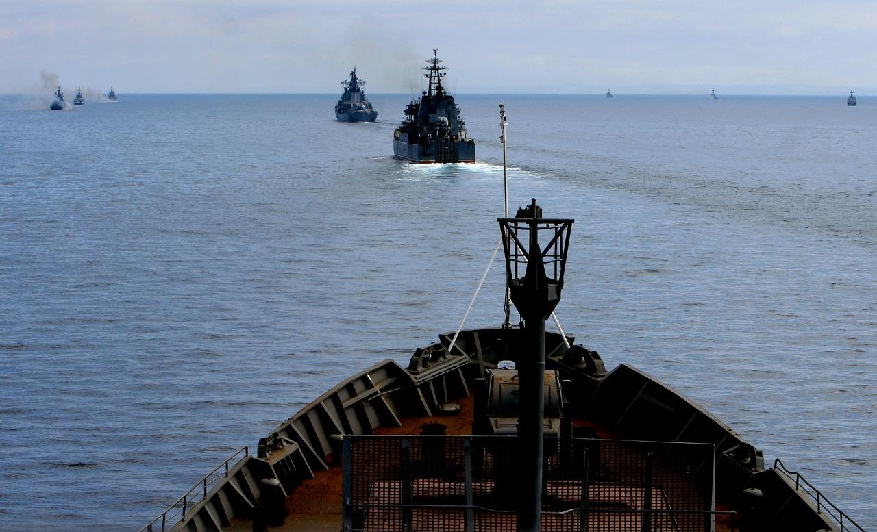 Морская пехота россии отрабатывает