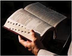 Alkitab dibanding Kitab Lain