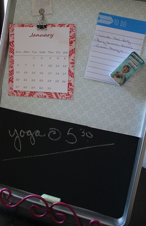 DIY Magnetic Chalkboard Organizer From Cookie Sheet