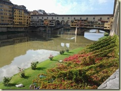 20121024 Private Club along the Arno River (Small)