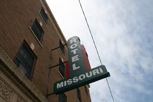 The Missouri Hotel was the site for fan donations today. The Missouri Hotel is part of The Kitchen, Inc. (photo credit: James Mulvenon)