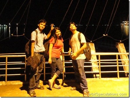 A little bit of posing on Kochin Marine drive doesn't hurt anyone. Does it? :)