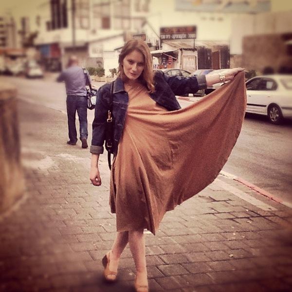 beige dress1