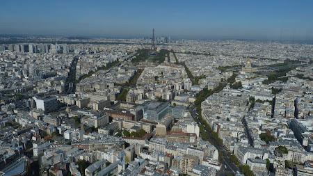 Obiective turistice Paris: Capitala Frantei vazuta din Turnul Montparnasse
