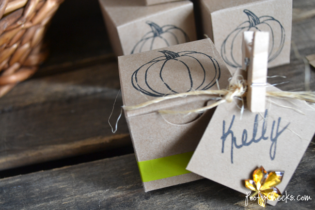 Thanksgiving Table Setting Boxes