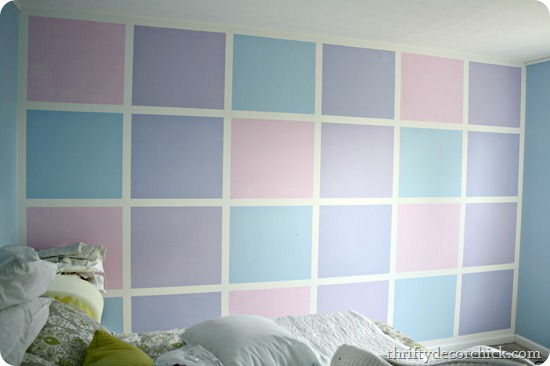 An Ombre Wall Guest Room Progress From Thrifty Decor Chick - Ombre wall painting technique