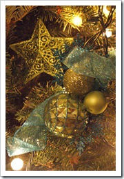 christmas_tree_decorations_2013