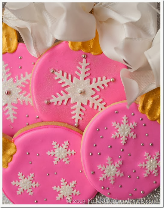 Decorated Ornament Cookies-5411