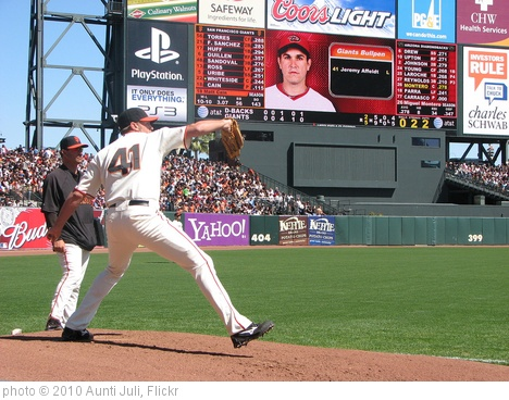 'Jeremy Affeldt' photo (c) 2010, Aunti Juli - license: http://creativecommons.org/licenses/by/2.0/