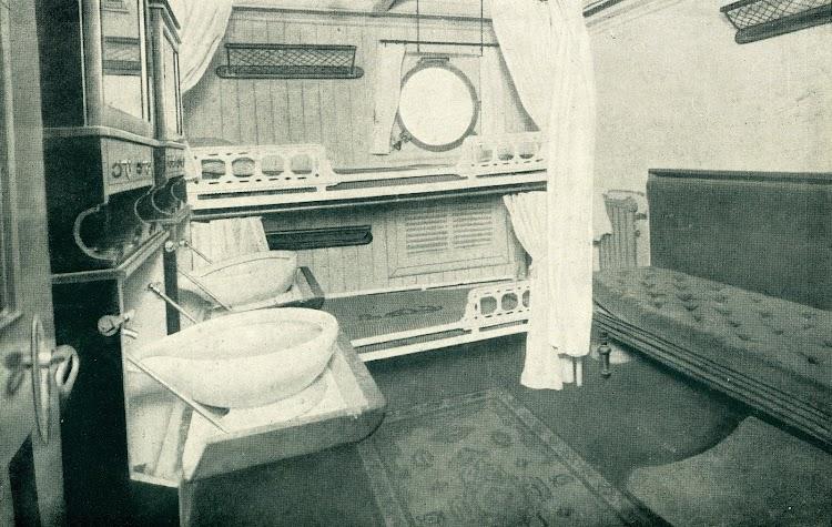 Camarote de primera clasedel vapor ISLA DE PANAY Foto del LIBRO DE INFORMACION PARA EL PASAJERO. COMPAÑÍA TRASATLANTICA.. AÑO 1919.JPG