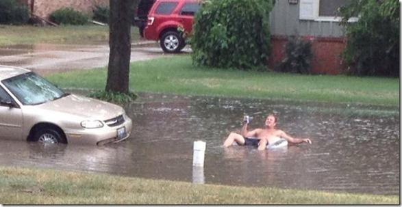 happy-flood-people-25