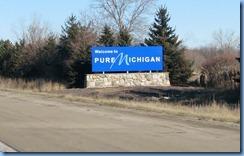 7552 Michigan - I-75 - Welcome sign