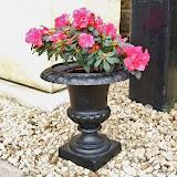 Mała waza metalowa, czarna, P003, wys 32cm, śr 30cm, baza 14.5x14.5cm