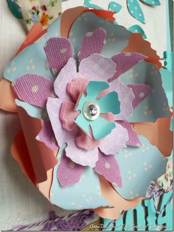 cafe creativo - Anna Drai - sizzix big shot - Mini album - Jumbo Tattered Florals (2)