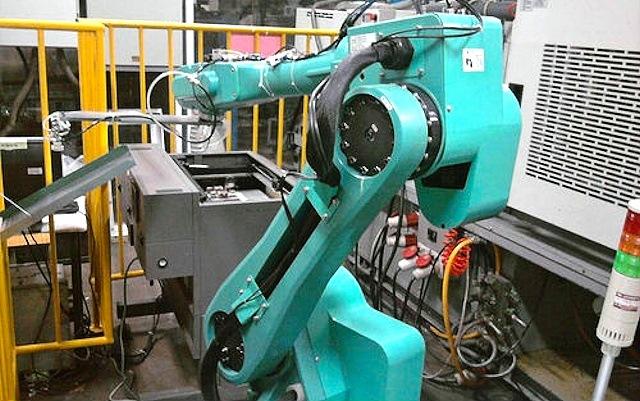 Η Foxconn ετοιμάζεται να εγκαταστήσει 1.000.000 ρομπότ αντικαθιστώντας εργάτες