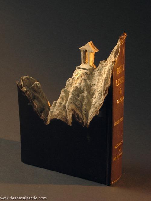 livros montanhas entalhados esculpidos desbaratinando (12)