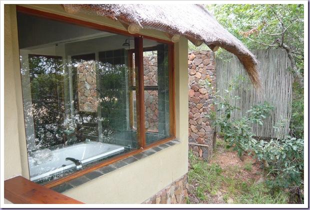 Thornybush-Game-Lodge-Hoedspruit-África-do-Sul-Reserva-Hotel-Banheiro