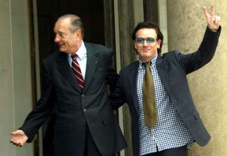 Bono, dressed up like a car crash? Bono_Chirac