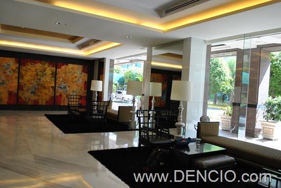 Bellevue Hotel Manila 02