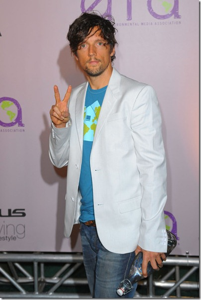 Jason Mraz - 2009 - Environmental Media Awards 02